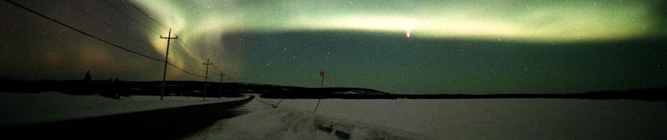 aurora borealis et comète Hale Bop